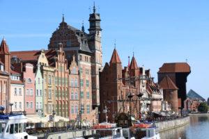Danziger Backsteinbauten am Kanal